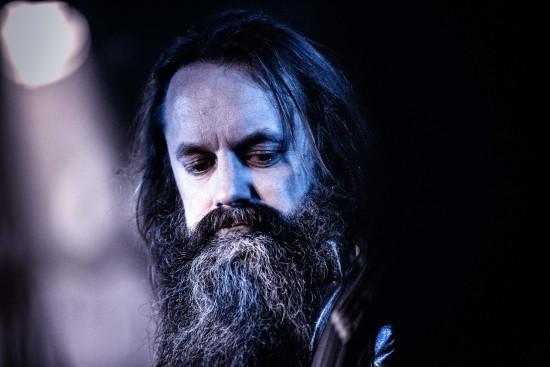 Debbath-bassist avslørt med buksene nede. Pinlig dobbeltrolle! Foto: Tomas Kvitvik